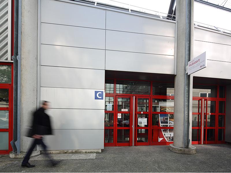 Hubstart Center - pépinière d'entreprise, coworking, location bureaux équipés Paris Roissy